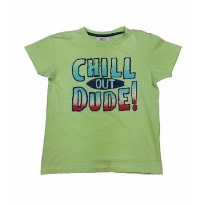 Zöld feliratos póló (122)