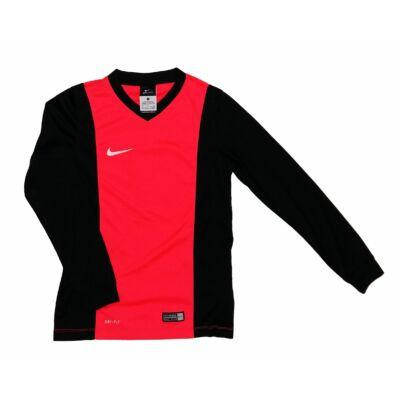 Nike sportfelső (140)