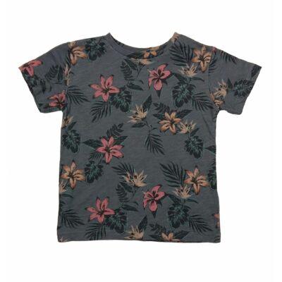 Virágos póló (104)