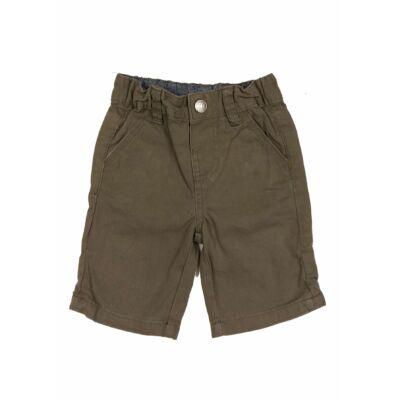 Zöld short (92)
