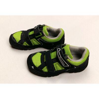 Zöld-fekete félcipő (26-os)